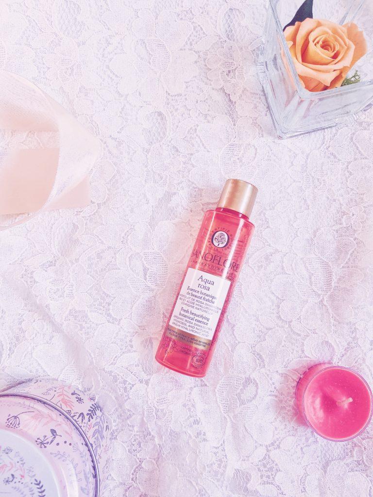 essence botanique Aqua rosa sanoflore