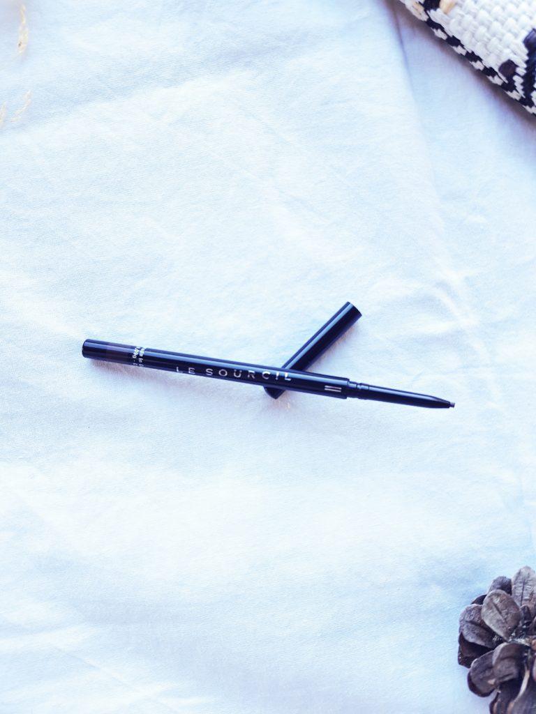 crayon à sourcils de la marque le sourcil